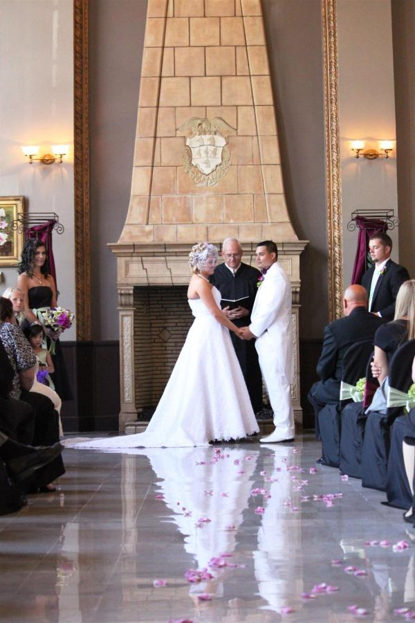weddingceremonyfireplace.JPG