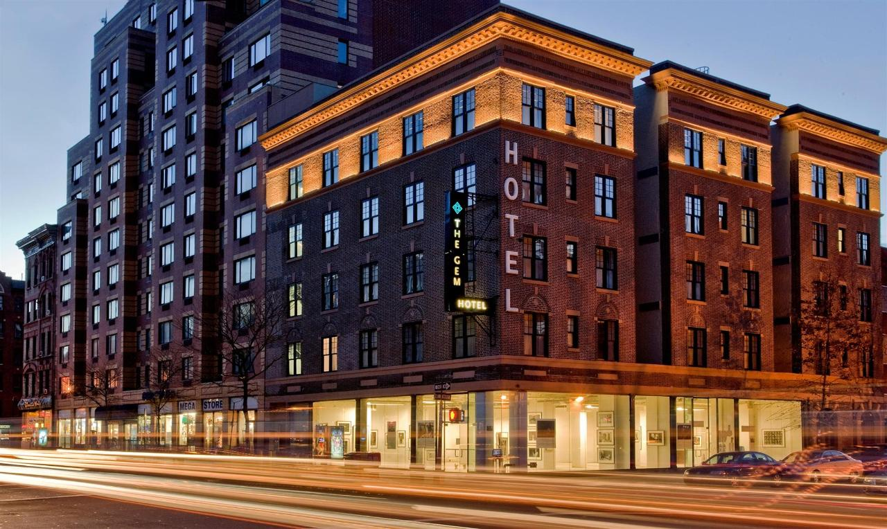GEM HOTEL CHELSEA NEW YORK- EXTERIOR