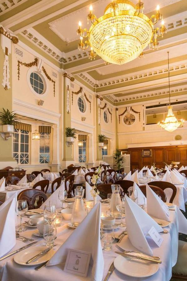cellos-grand-dining-room_castlereagh-boutique-hotel_sydney-cbd-restaurant.jpg.1024x0.jpg