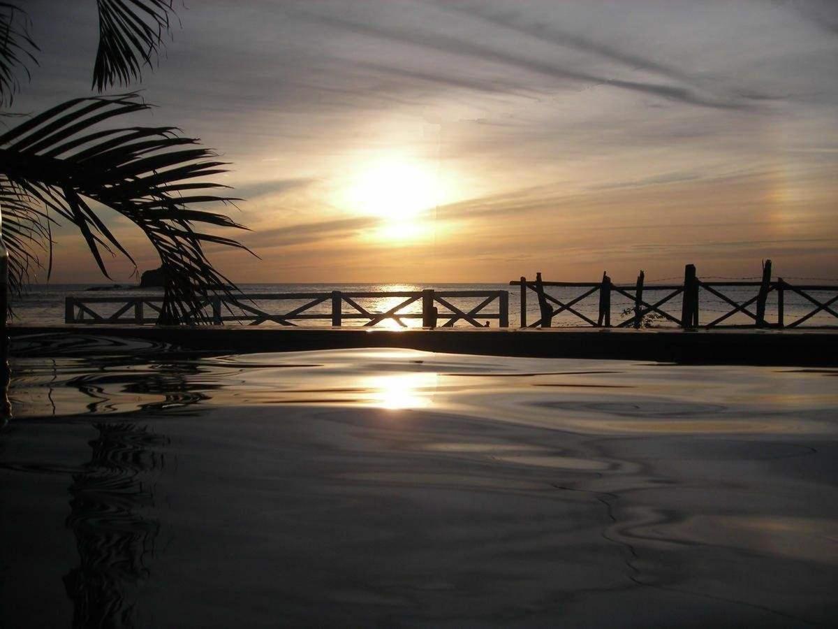 Marsella Beach Front.jpg