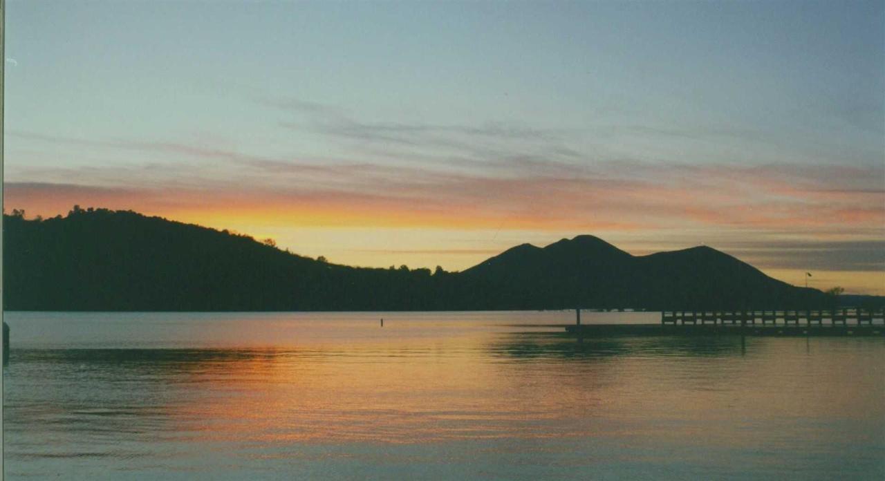 view-of-clear-lake.jpg.1920x0.jpg
