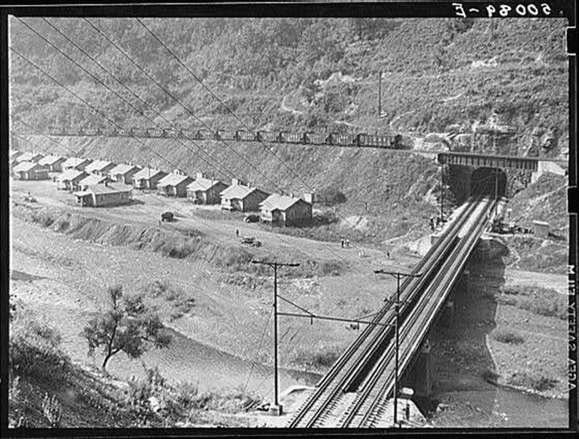 nearwelch-1938b-wolcottmarionpost.jpg.1080x0.jpg