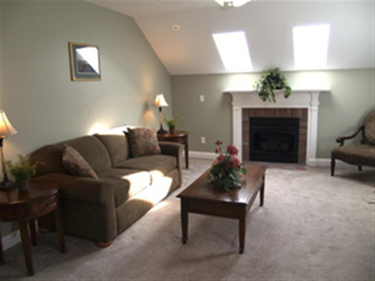 two-room-master-suite.jpg.1024x0.jpg