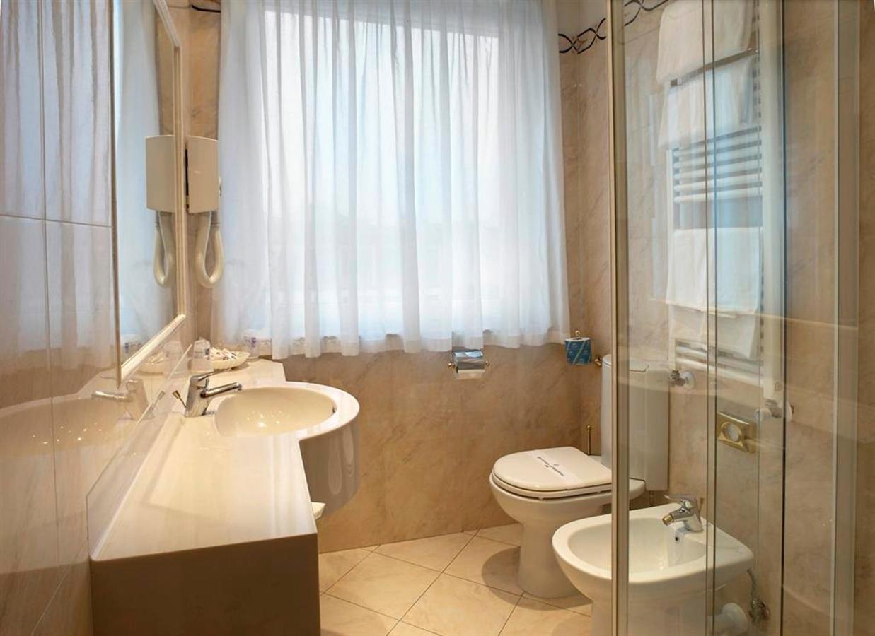 Bath superior1 (Large) .jpg