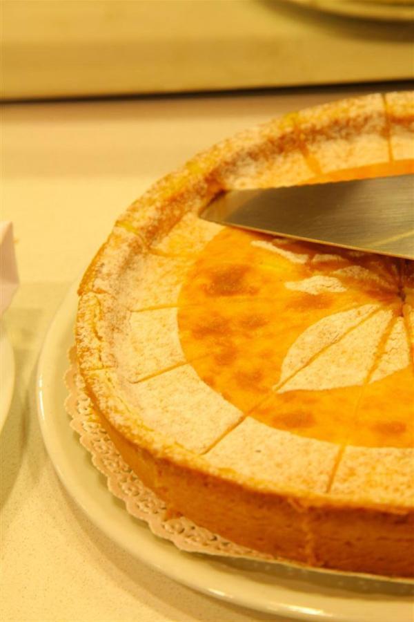 Frühstück Kuchen 2 (Large) .JPG