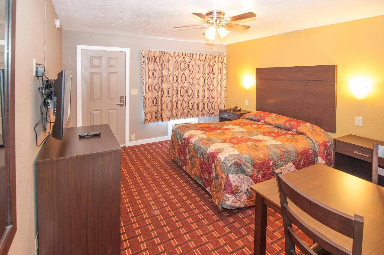 Suite 1 Rainha DSC9336.jpg