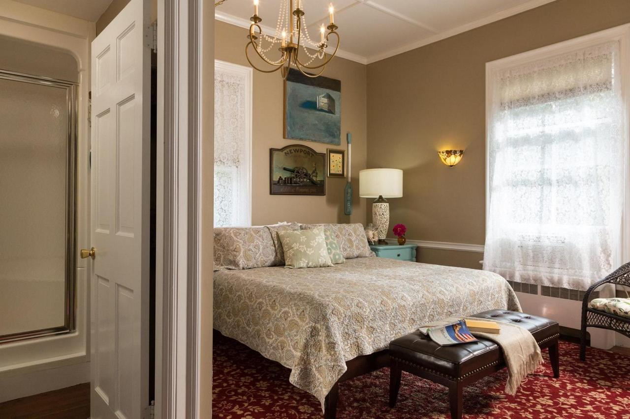 beechtree-rooms-admiral-newport-1-x3-1.jpg
