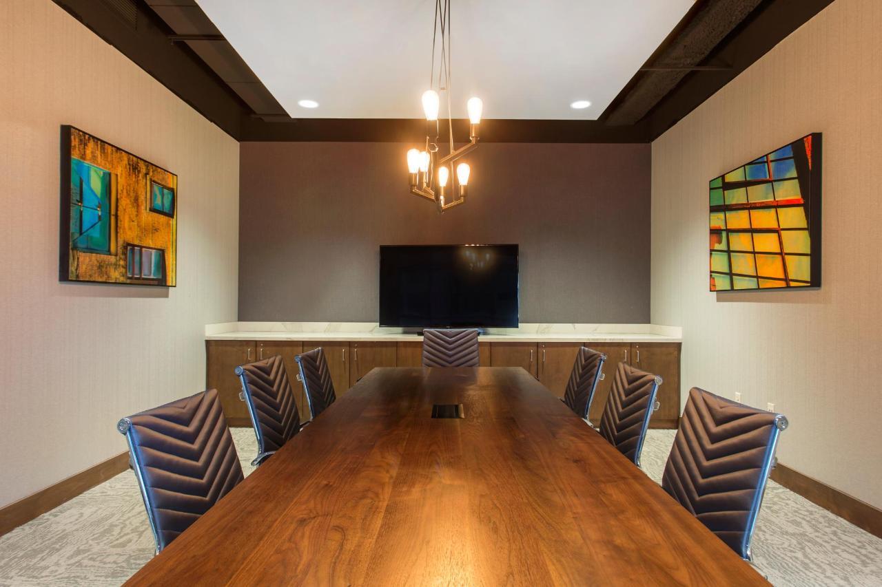 Fraga Boardroom.jpg