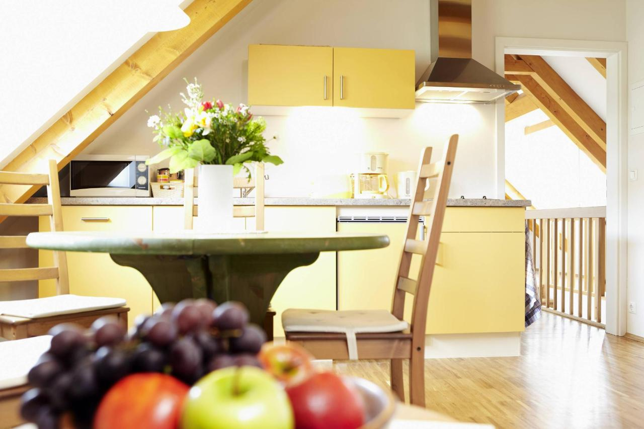 Wohnung 1_Küchenzeile.jpg