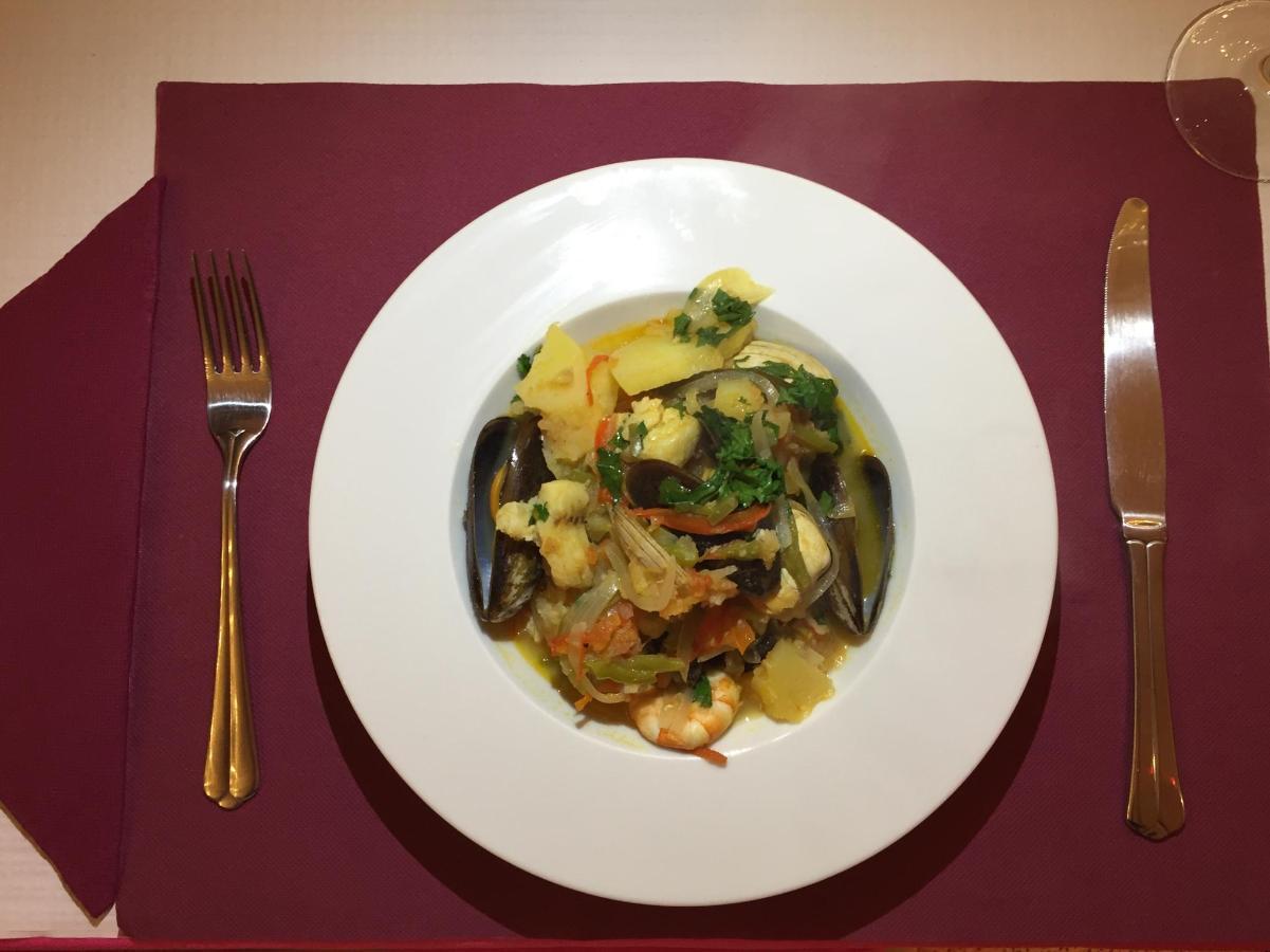 Portugiesischer Fisch Stew.jpg