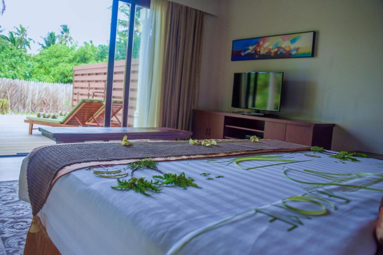 Garden Living Area Villa.jpg