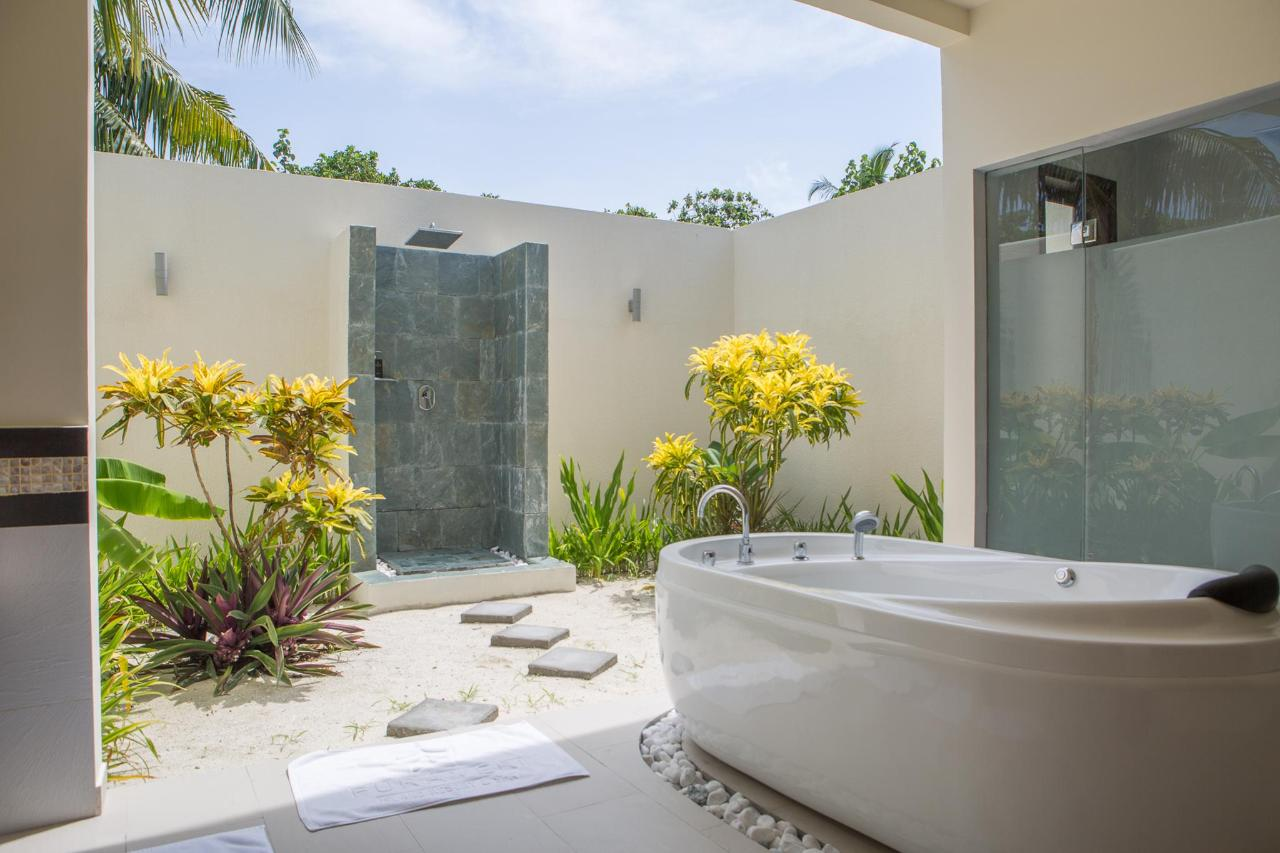 Beach Villa Bathroom 4 - open air shower.jpg