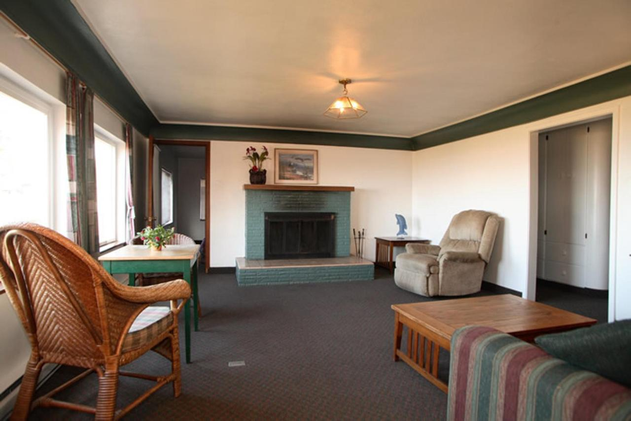 Unit 49 Living Area