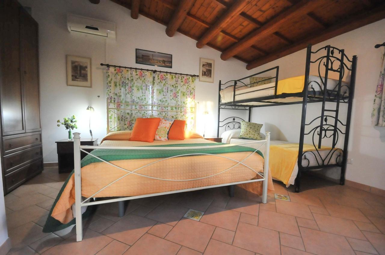 Mandorleto_Resort_Noto_Bed_and_breakfast_Noto_Siracusa_Avola_villa_noto_resort_noto_Avola_siracusa_villa_con_piscina_noto_campagna_marzamemi_bb__26.jpg