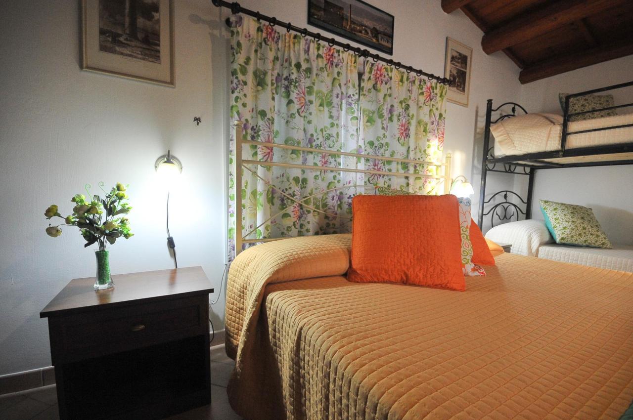 Mandorleto_Resort_Noto_Bed_and_breakfast_Noto_Siracusa_Avola_villa_noto_resort_noto_Avola_siracusa_villa_con_piscina_noto_campagna_marzamemi_bb__27.jpg