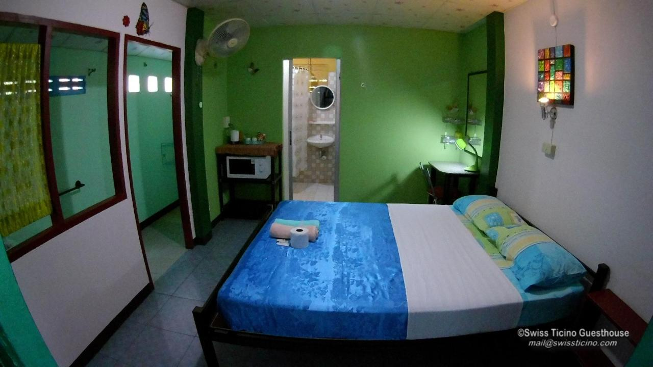 Room -3- (3).jpg