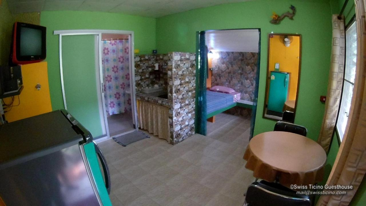 Room -4-.jpg