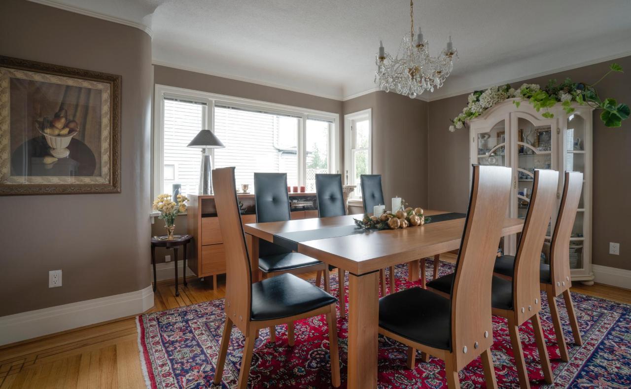 new dining table2 medium.jpg