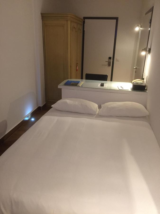 hotel-campione-bissone-camera-singola-superior1.jpg