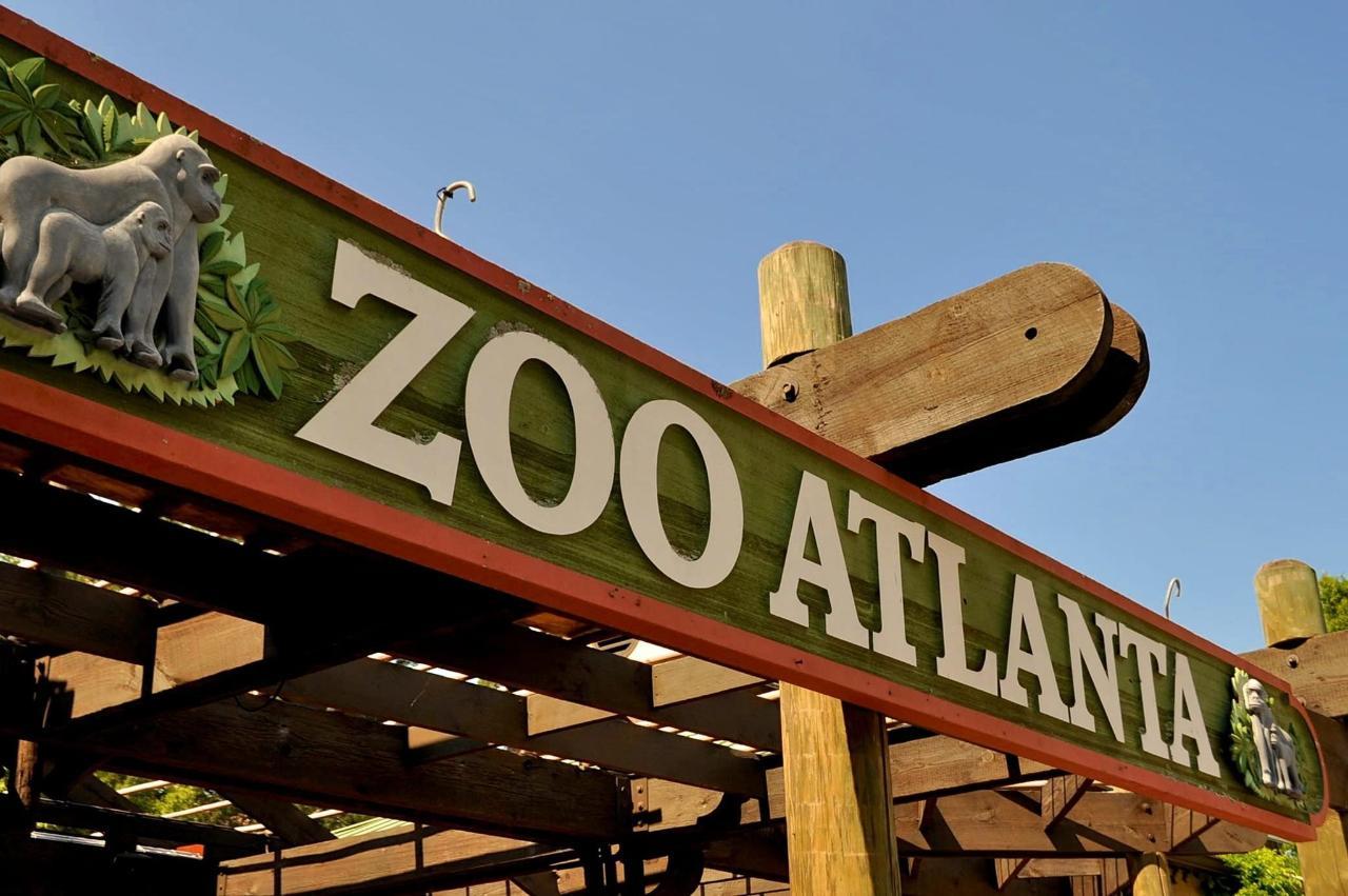 zoo-244765_1920.jpg