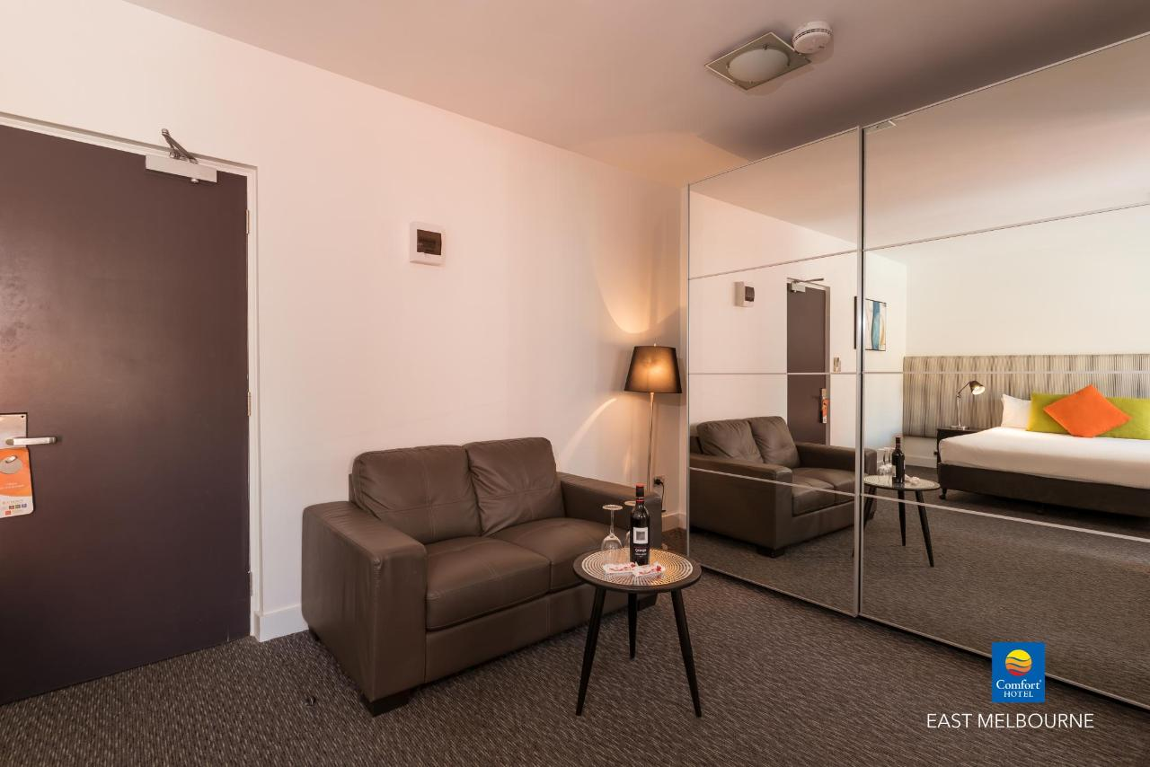 room33-3.jpg