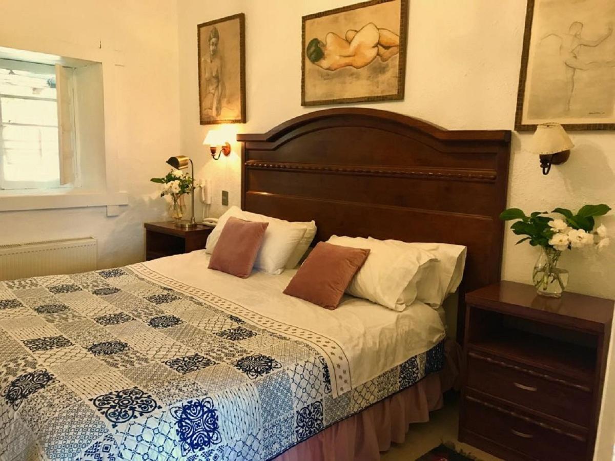 Habitacion 2- Hotel Vendimia Parador - Santa Cruz (1).jpg