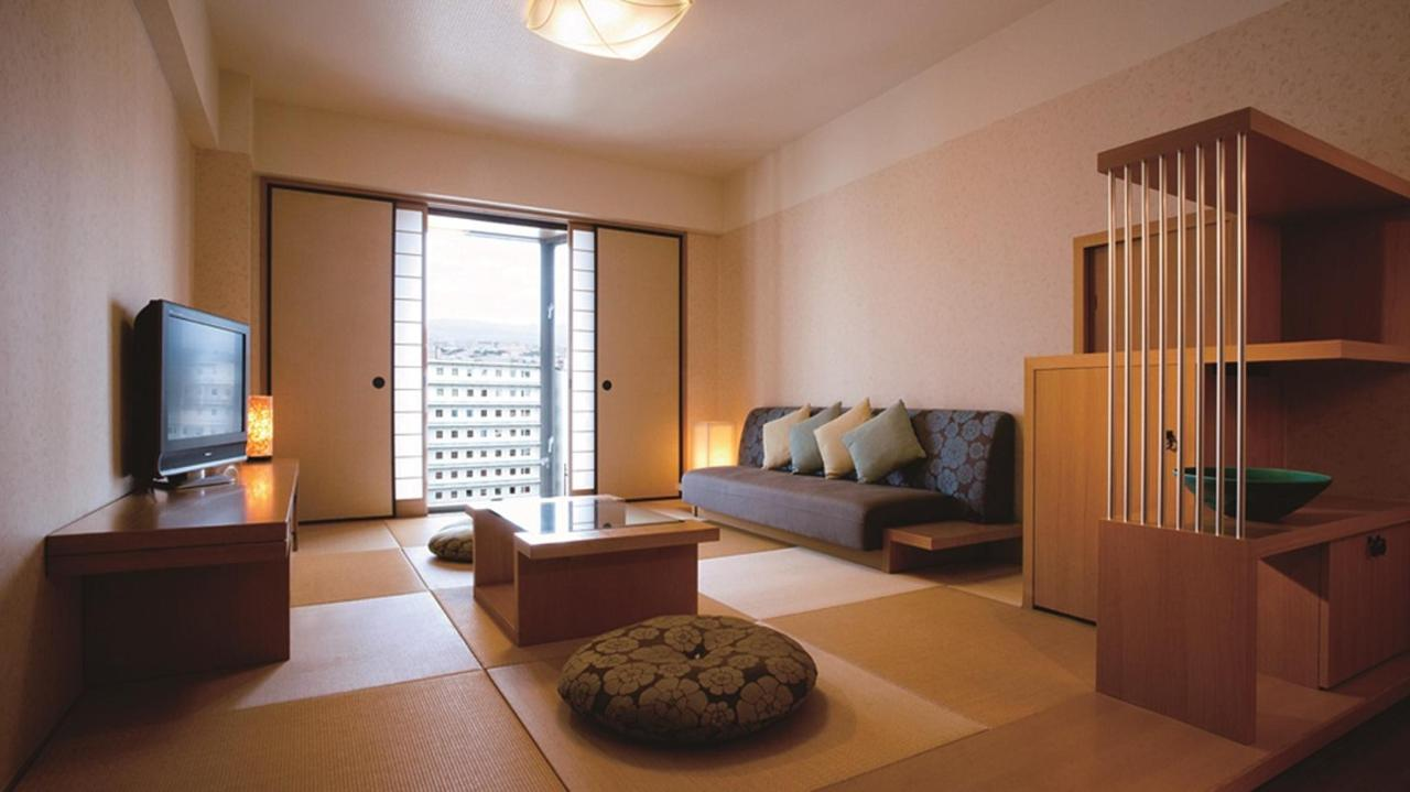 Executive Floor Japanese Suite (living room).jpg