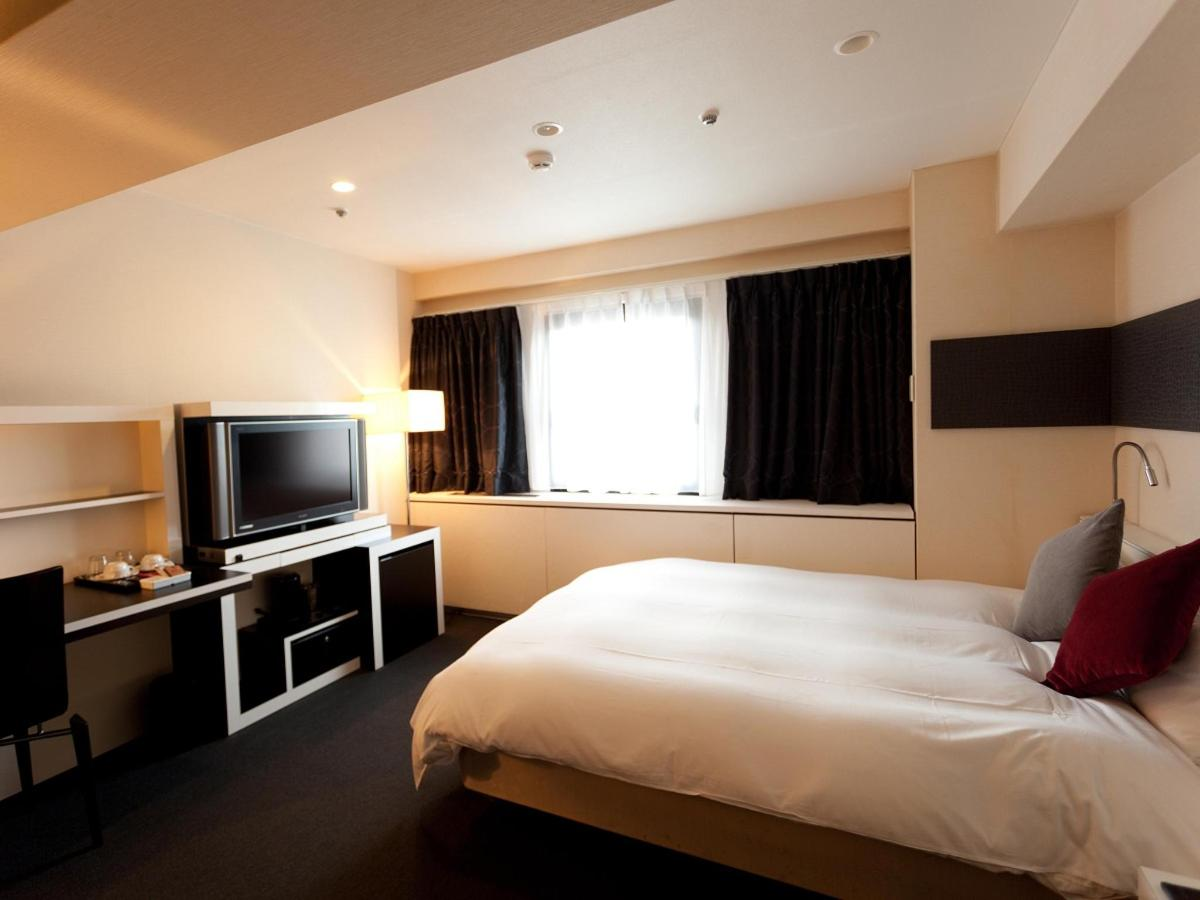 Superior Double Room.jpg