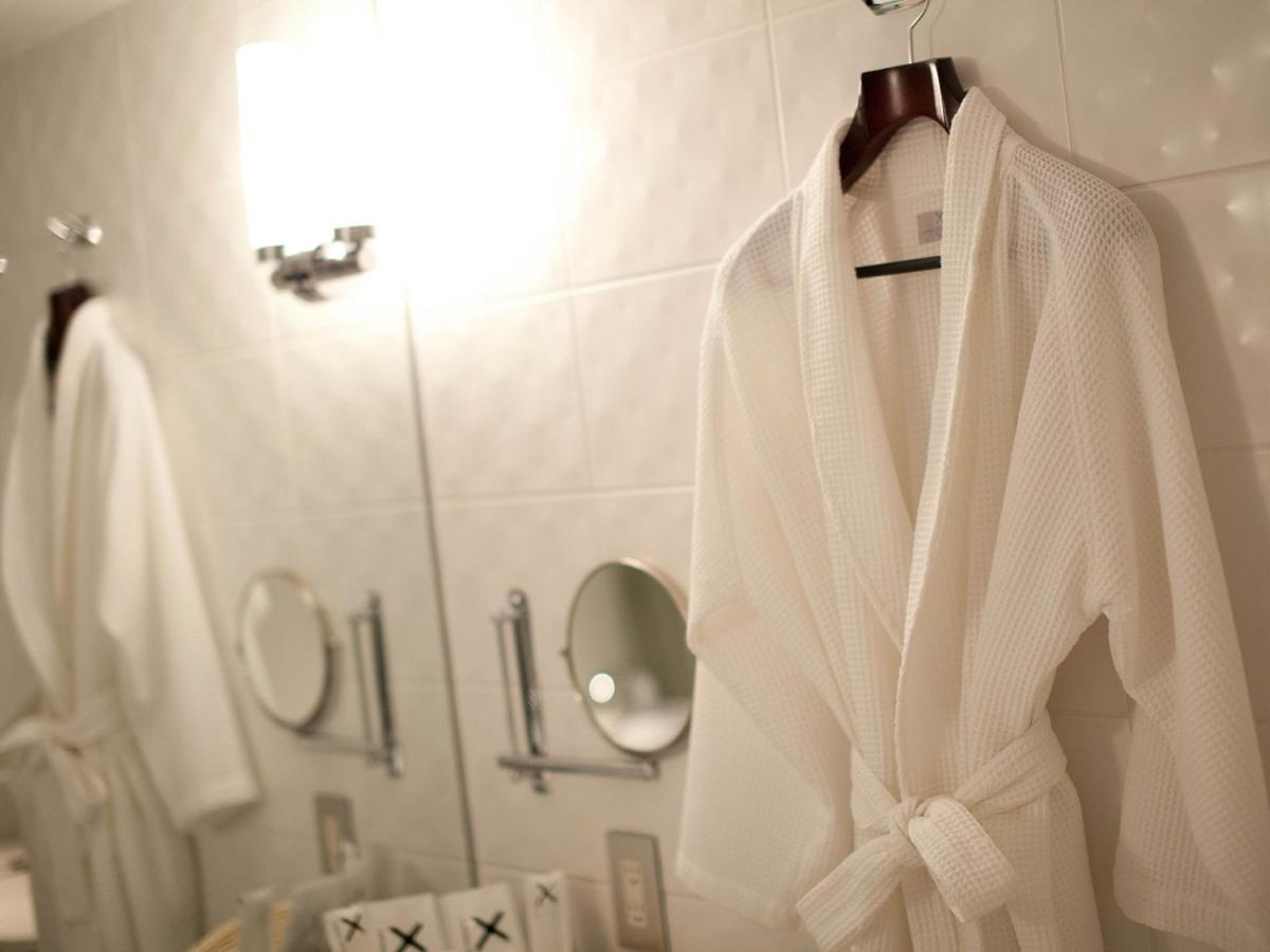 Suite - Original Bathrobes.jpg