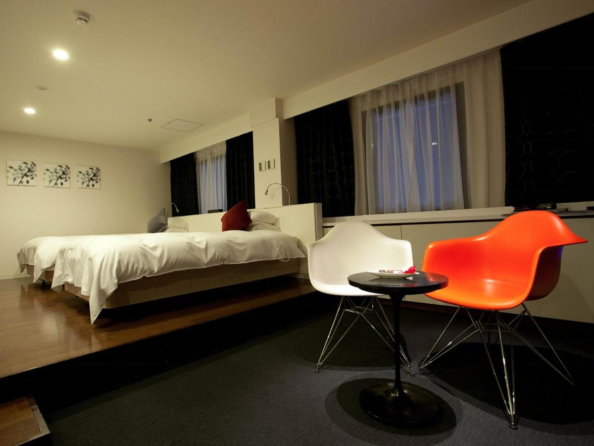 The Cross Suite Jr. - Bedroom.jpg