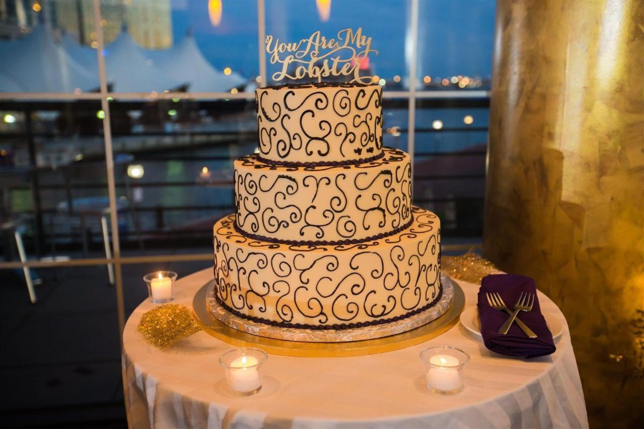 Pier 5 Hotel Purple Wedding Cake Wedding Shot.jpg