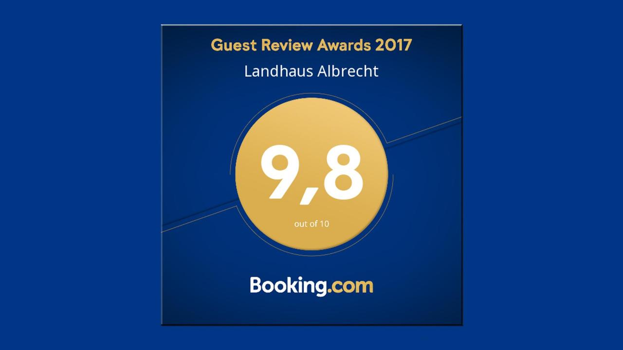 BS_LandhausAlbrecht_BookingAward_2017.jpg