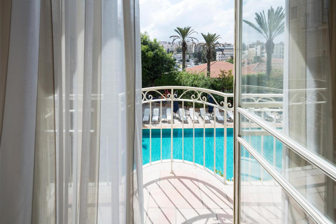 Balcony_PoolView.jpg