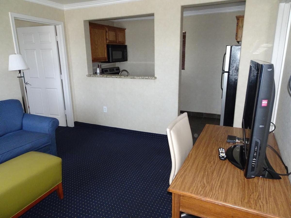Penthouse Suite1.JPG