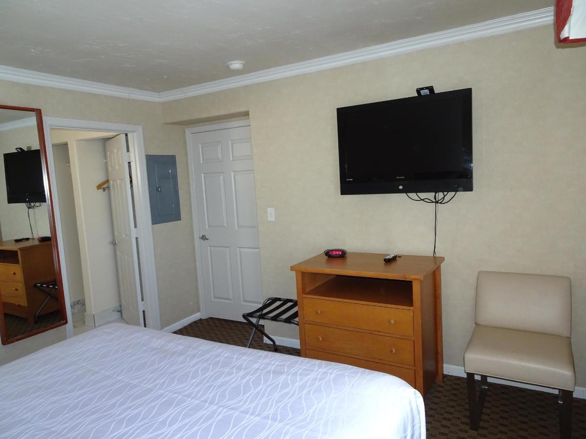 Premier Suite25.JPG