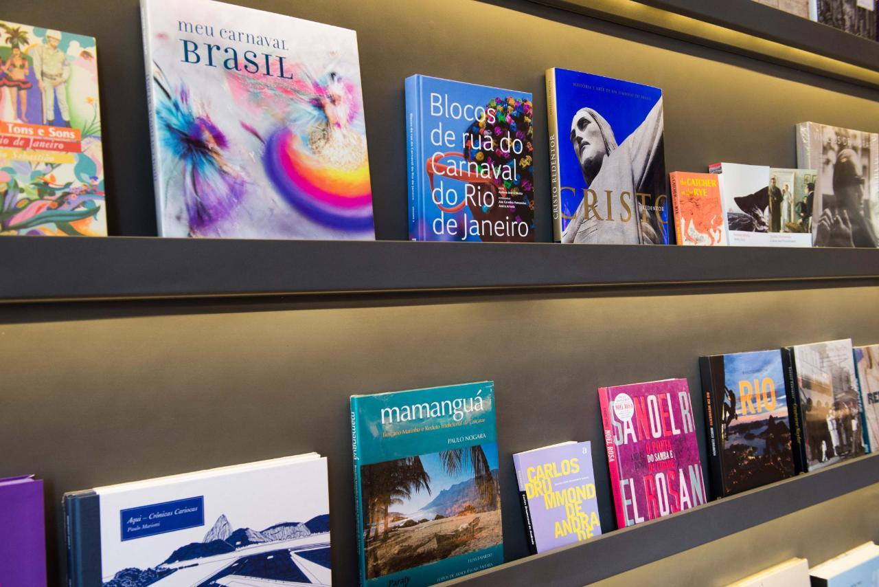 Bookstore5021.jpg