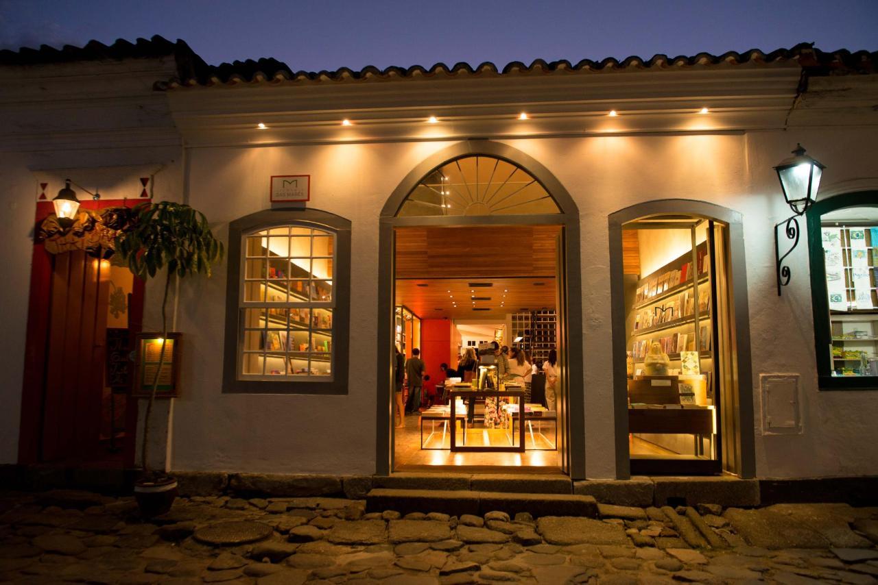 Bookstore5178.jpg