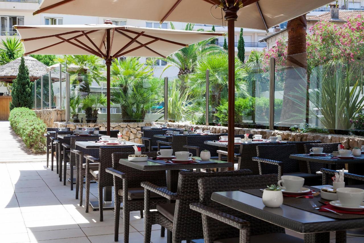 Breakfast Clarion Suites Cannes Croisette