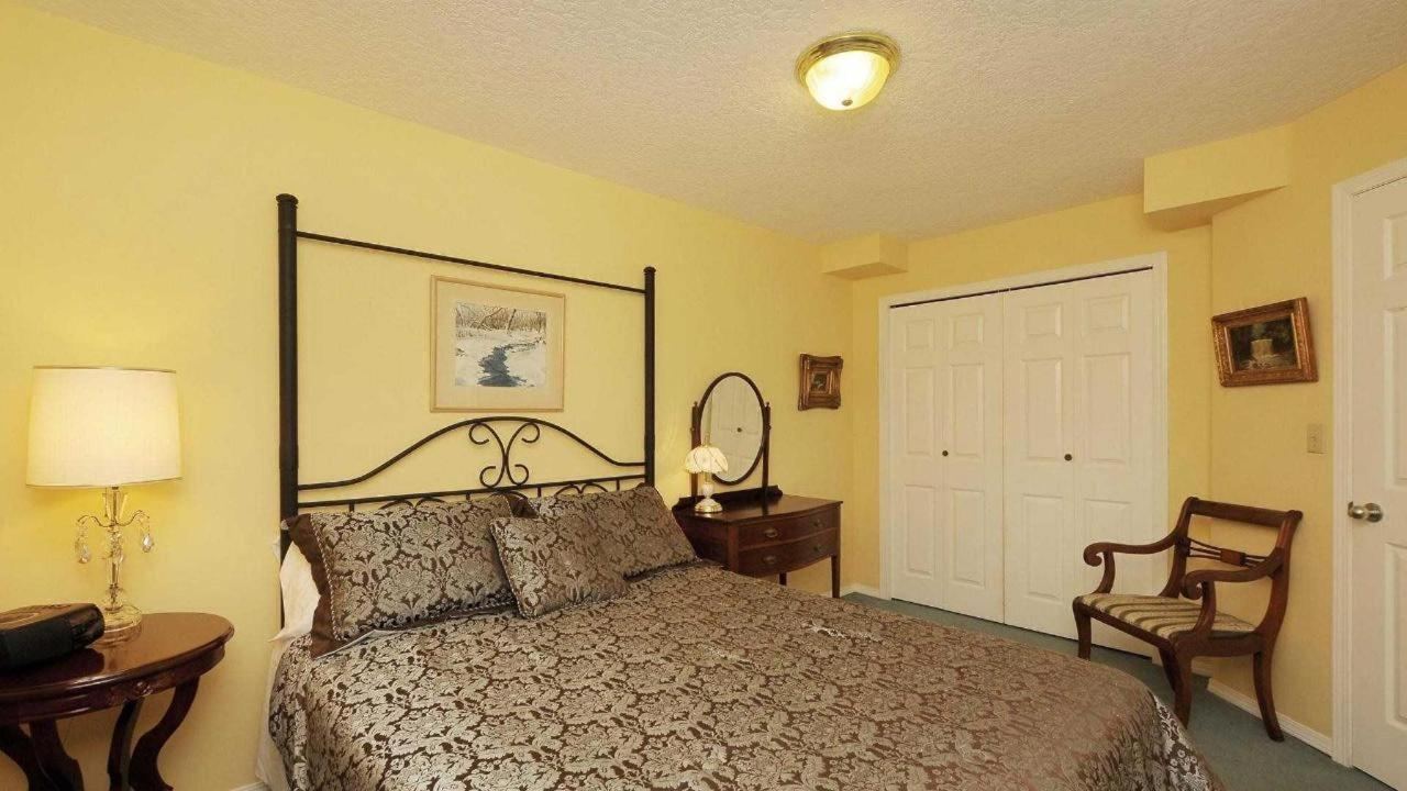second bedroom 2.jpg