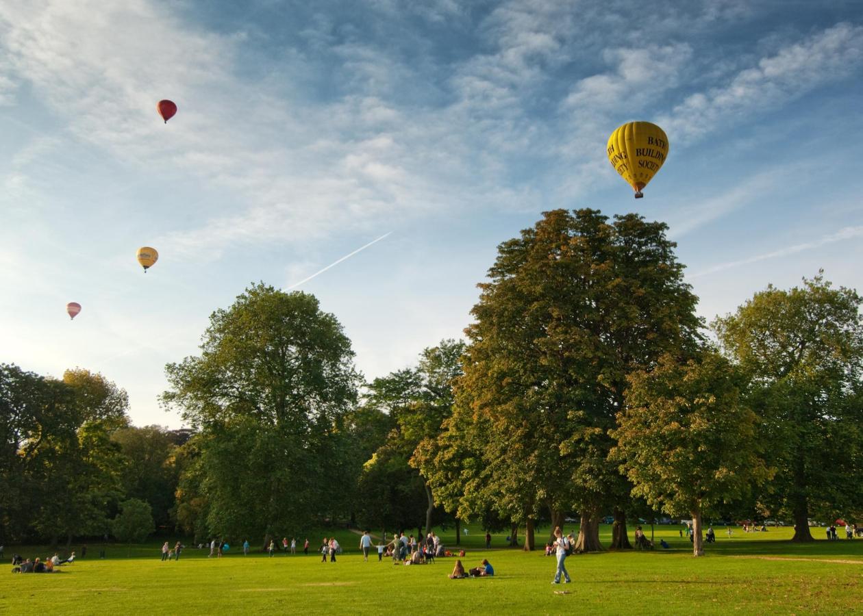 Royal Victoria Park 002.jpg
