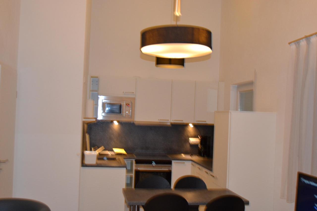 Apartment 111.JPG