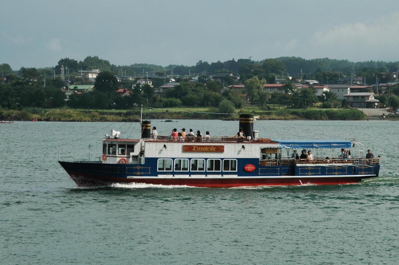 Kawaguchiko Excursion Boat