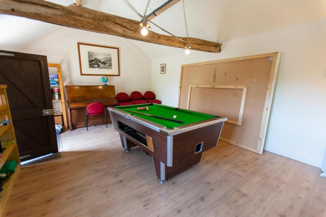 games room pool.jpg