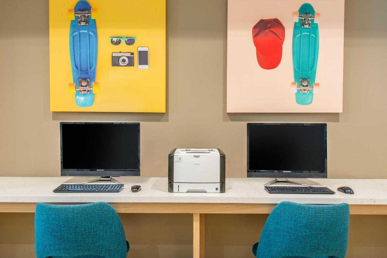 Computer Station.jpg