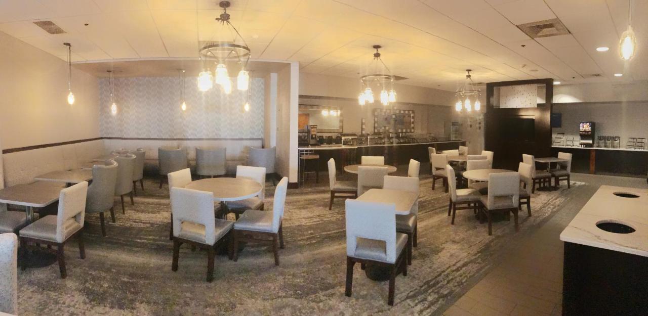 seating hotel revere.jpg