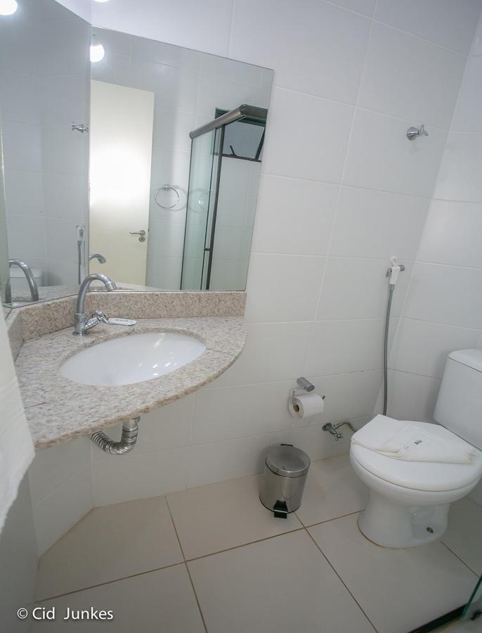 banheiro duplo luxo 1.jpg