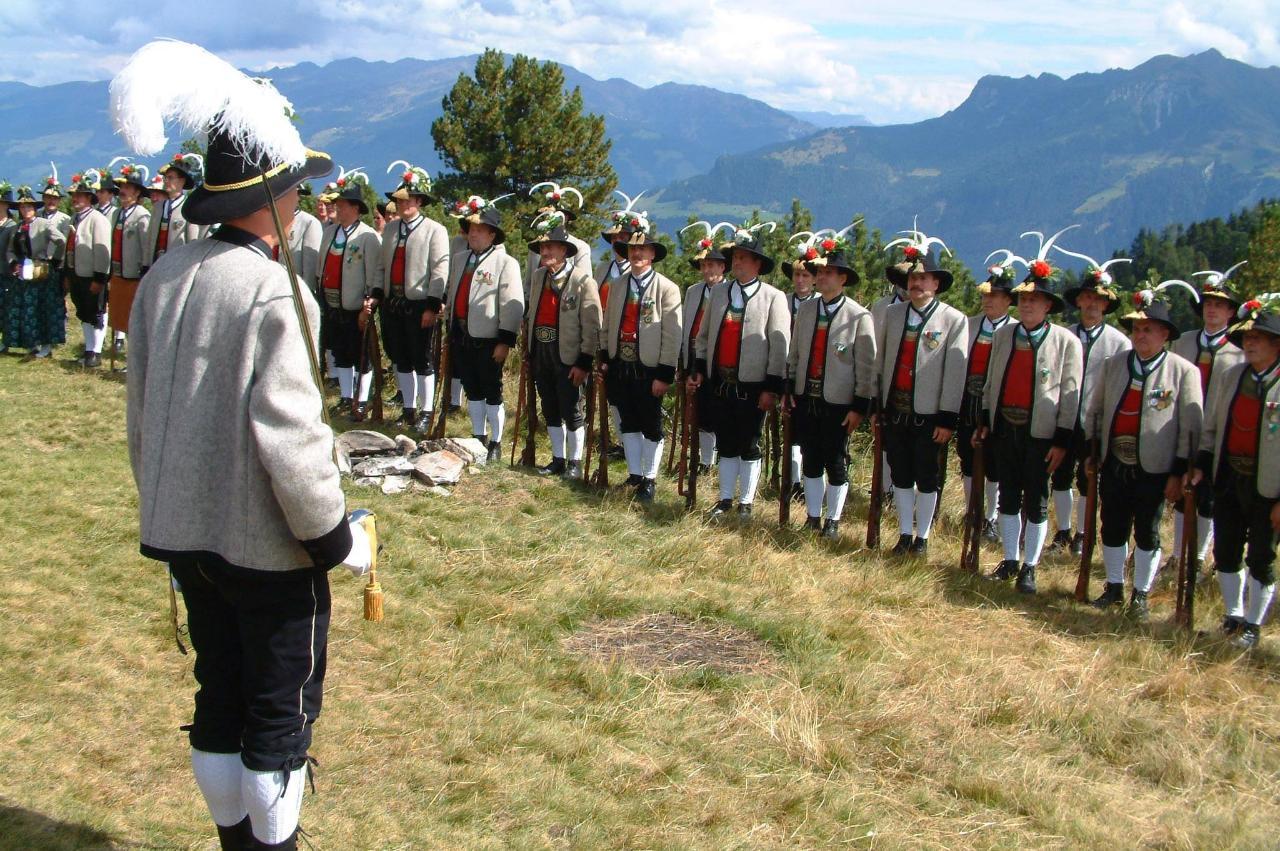 Schützenkompanie Mayrhofen.JPG