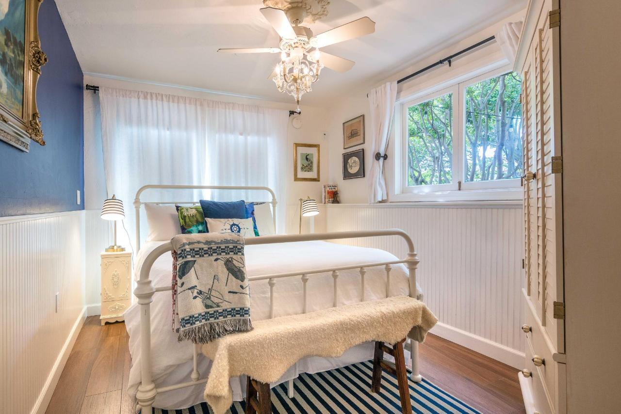 Le Petite Port Bedroom.jpg