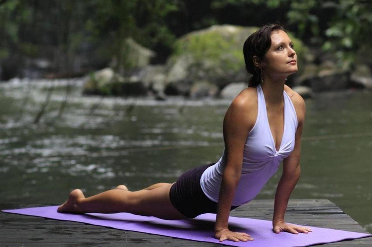 yoga-03.jpg