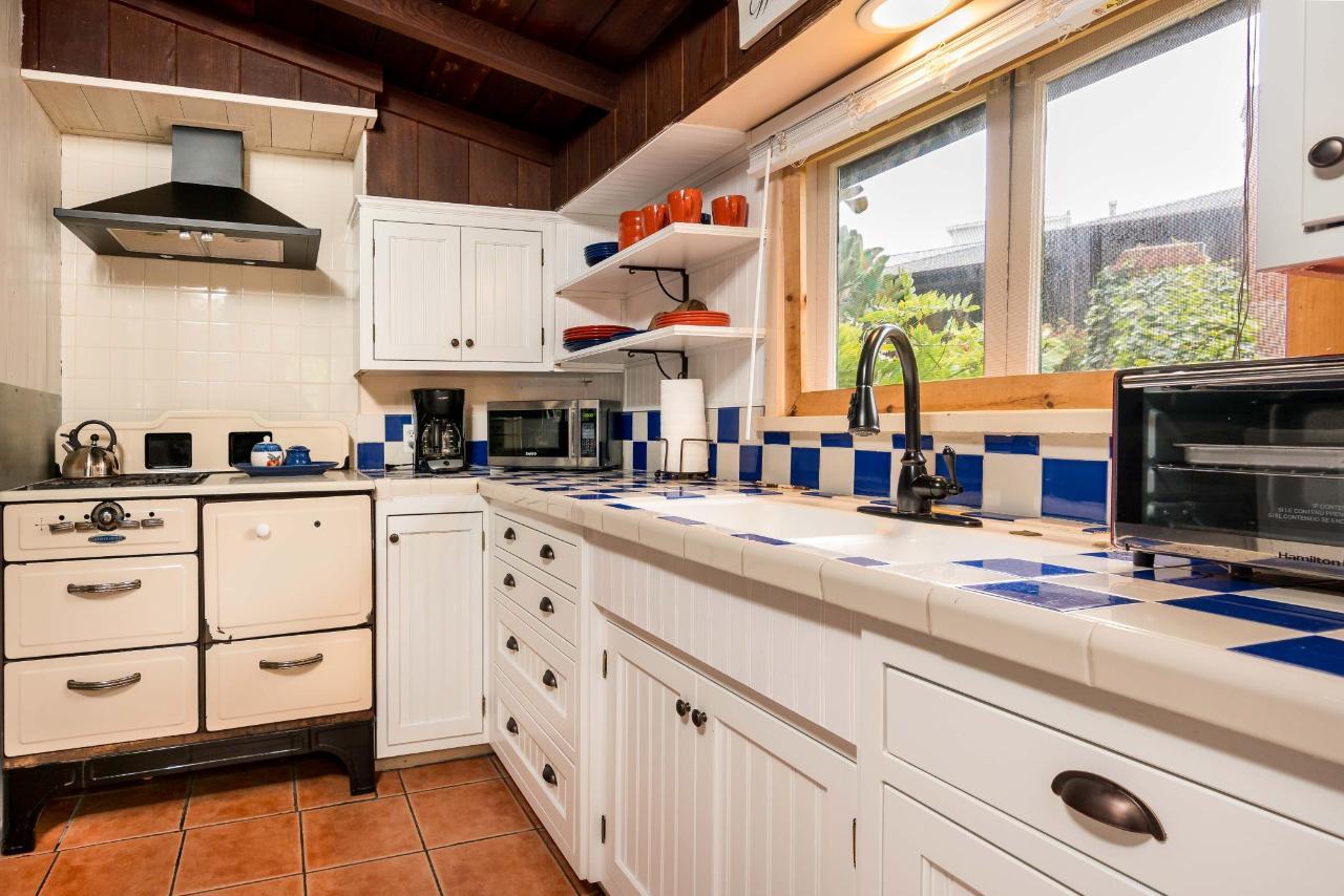 Wisteria Kitchen 2.jpg